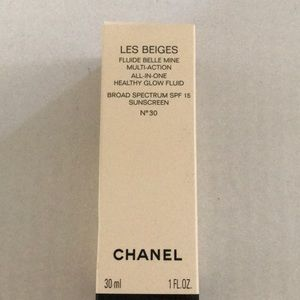 CHANEL Makeup - Chanel les beiges healthy glow fluid